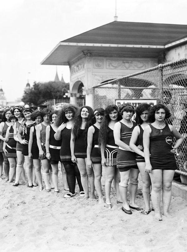 Prvi bikini Bikini: Skandalima sklon najmanji ženski odevni predmet