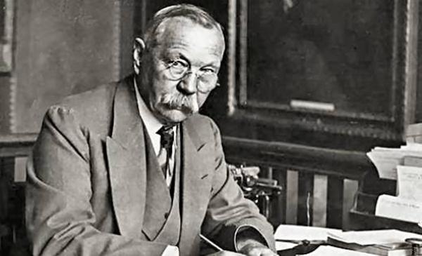 Slika 1 Dojl Srećan rođendan, Sir Arthur Conan Doyle!