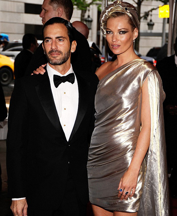 Slika 10 Marc Jacobs  10 odevnih kombinacija: Kate Moss