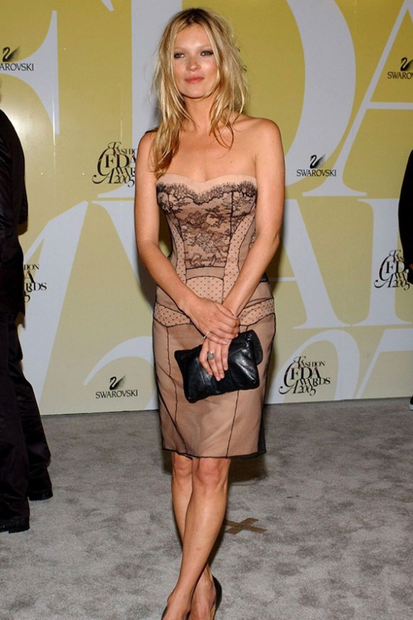 Slika 144 10 odevnih kombinacija: Kate Moss