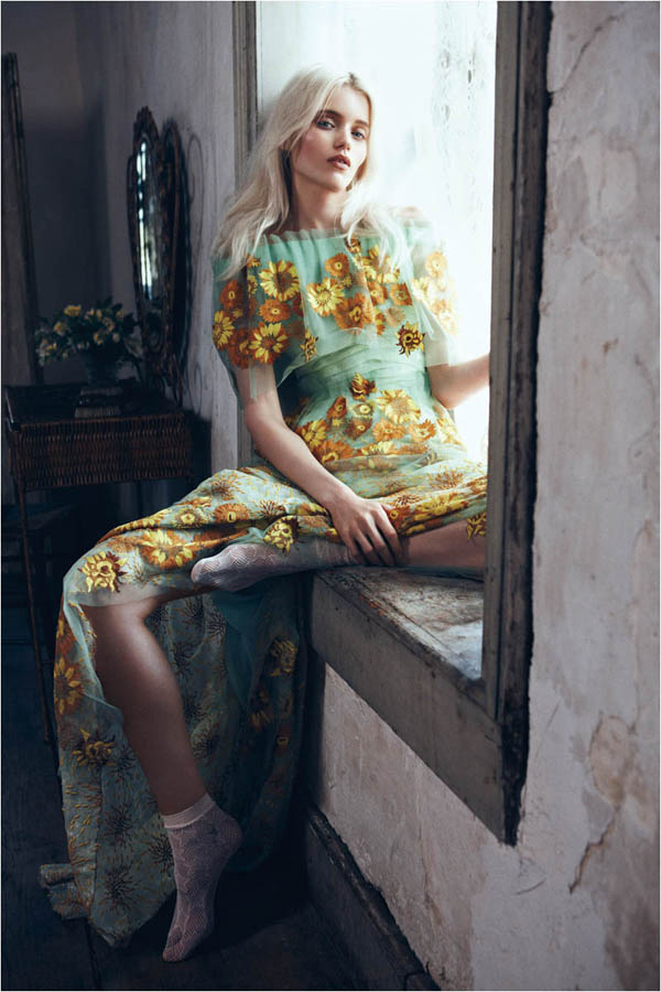 Slika 317 Vogue China: Abbey, romantika i cveće