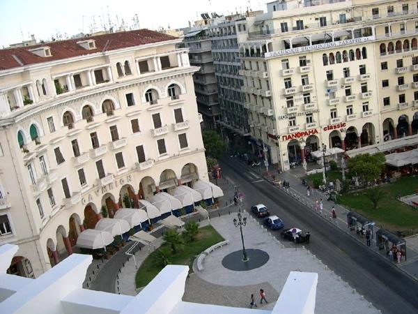 Slika 351 Trk na trg: Πλατεία Αριστοτέλους, Solun