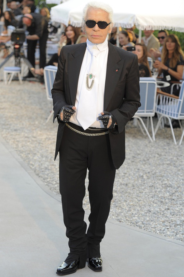 Slika 428 Modni zalogaji: Polni organi kao novi modni trend