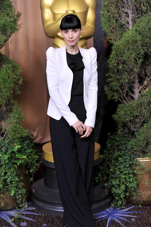Slika 6 Thiery Muggler  10 odevnih kombinacija: Rooney Mara