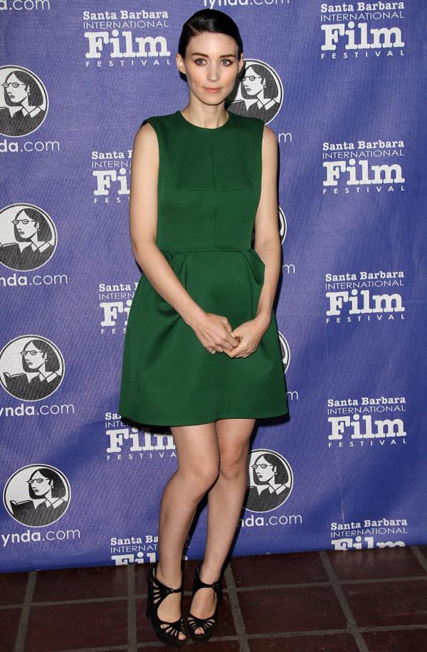 Slika 7 LV 10 odevnih kombinacija: Rooney Mara