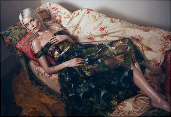 Slika 75 Vogue China: Abbey, romantika i cveće