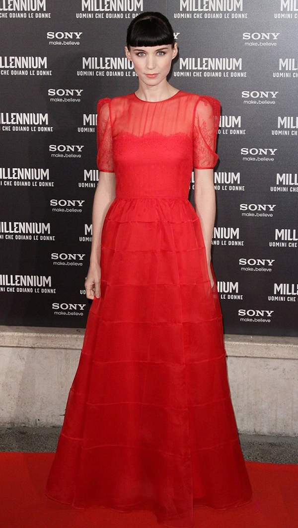 Slika 9 Valentino 10 odevnih kombinacija: Rooney Mara
