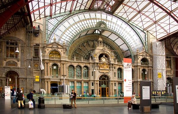 Slika8 Intriga i glamur: Najslikovitije železničke stanice na svetu