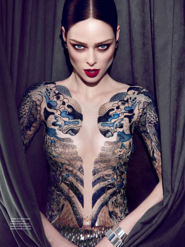 coco rocha 4 Elle Brasil: Provokativna Coco Rocha