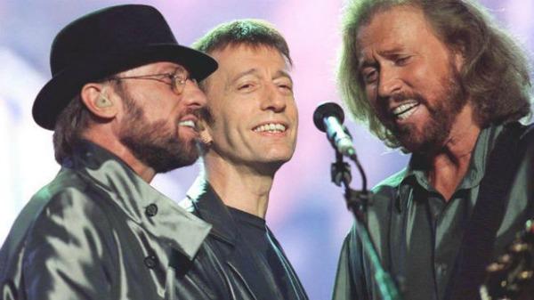 foto37 Preminuo pevač grupe Bee Gees