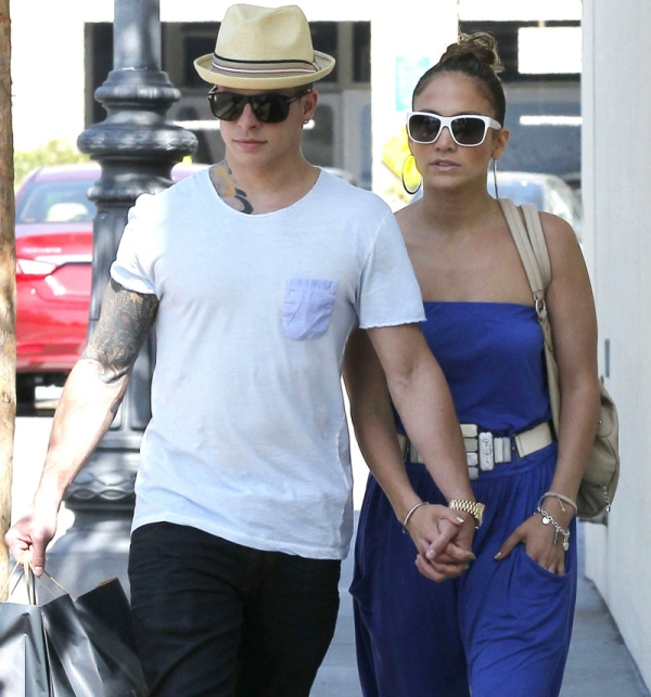 kasper Trach Up: Dečko Jennifer Lopez izlazi na televizor