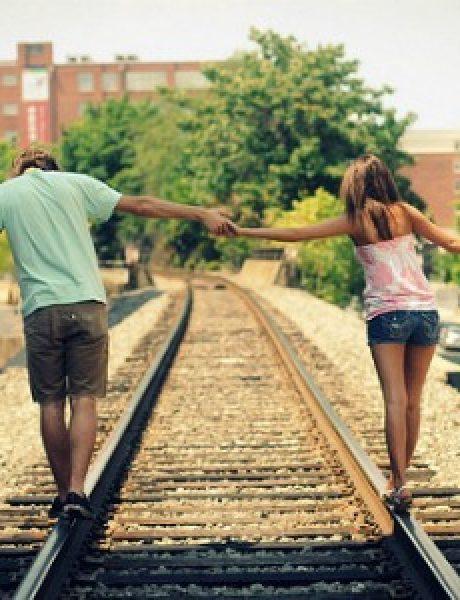 Striptiz za pismene: Prijatelji, bivši i bivši prijatelji