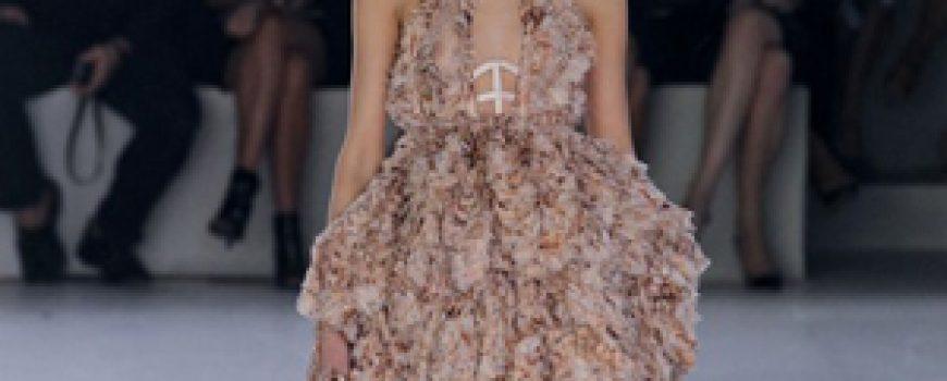Proleće i leto na modnim pistama: Alexander McQueen