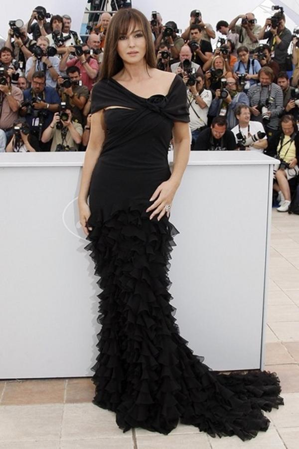 slika 1010 10 odevnih kombinacija: Monica Bellucci