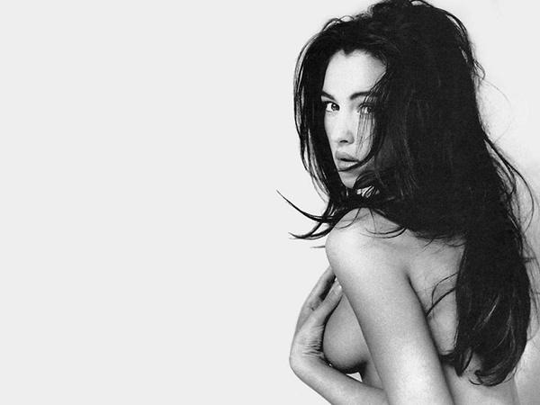slika 160 Anketa: Ko je po vašem mišljenju najseksepilnija glumica današnjice?