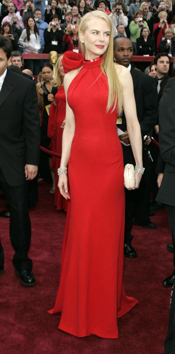 111 Trend sa crvenog tepiha: Crvene haljine