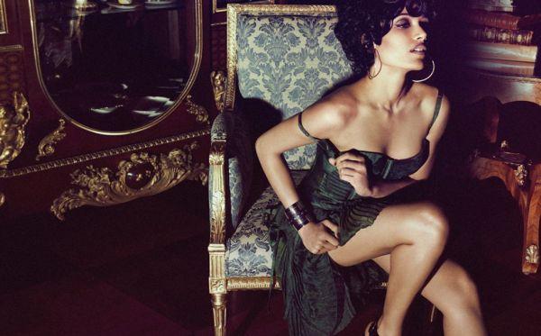 133 Modni zalogaj: Zavodljiva Freida Pinto za magazin Flaunt