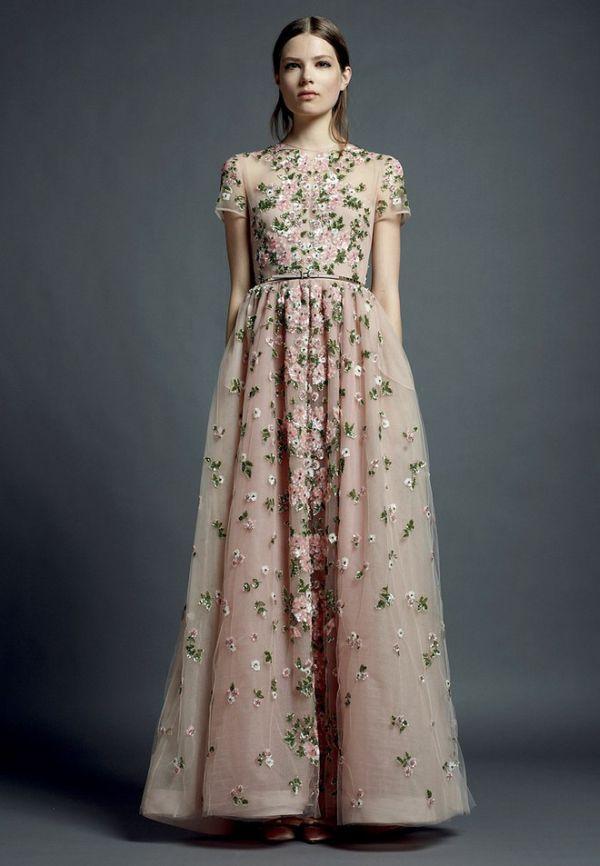 134 Modni zalogaj: Nove haljine s potpisom Valentino