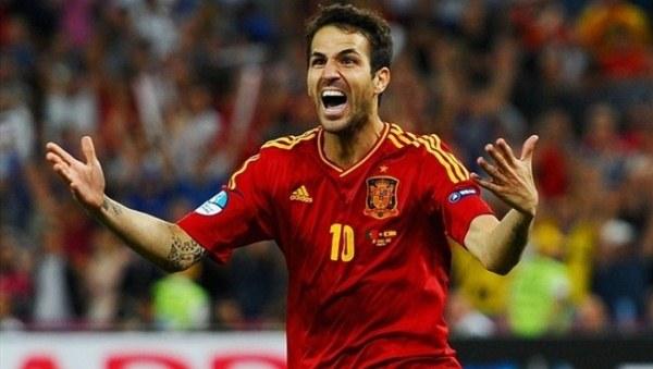 Fabregas Azuri imaju adute za krunu, Španci će je ljubomorno čuvati