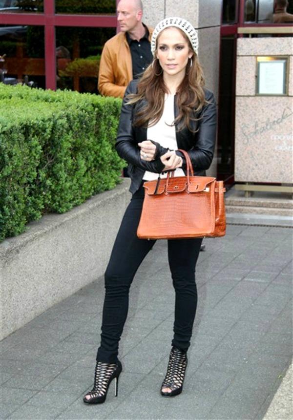 Jennifer Lopez8 Street Style: Jennifer Lopez