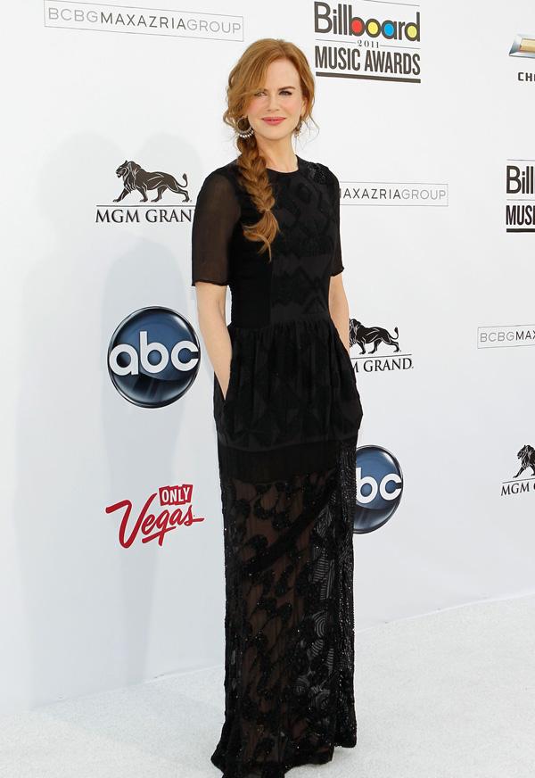Slika 7 Dries van Noten 10 odevnih kombinacija: Nicole Kidman