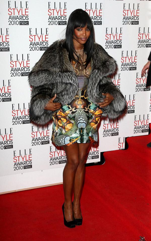 Slika 86 10 odevnih kombinacija: Naomi Campbell