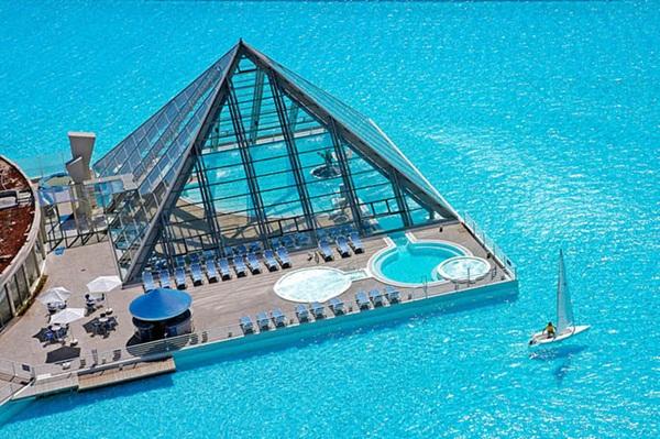Slika63 Najneobičniji i najlepši bazeni na svetu
