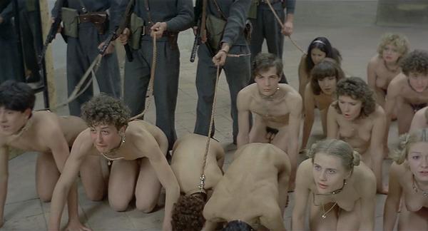 """foto32 Filmski vremeplovac: """"Salo   120 dana Sodome"""""""