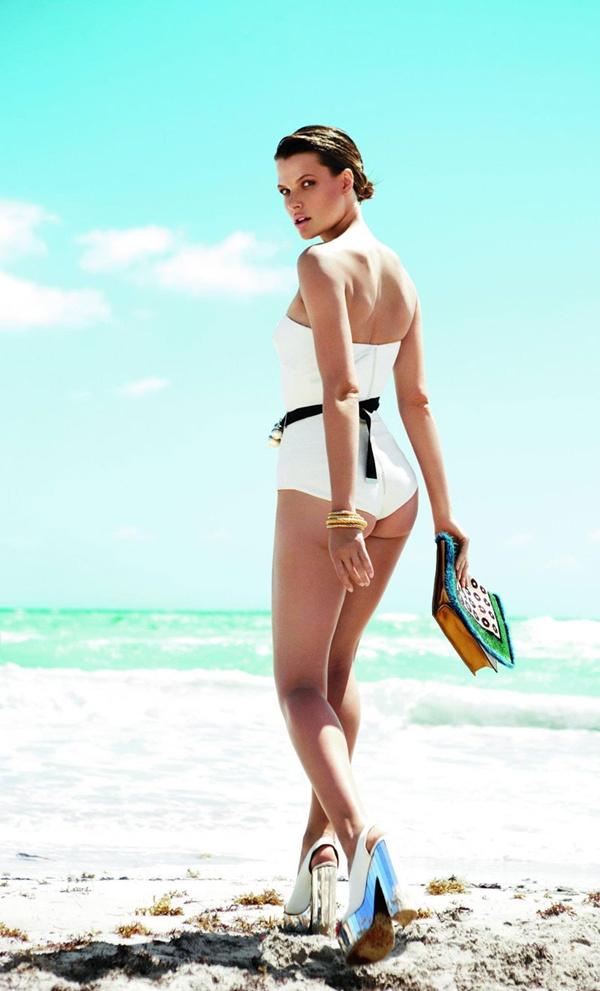 """slika 420 """"Elle Mexico"""": Modiranje na plaži"""