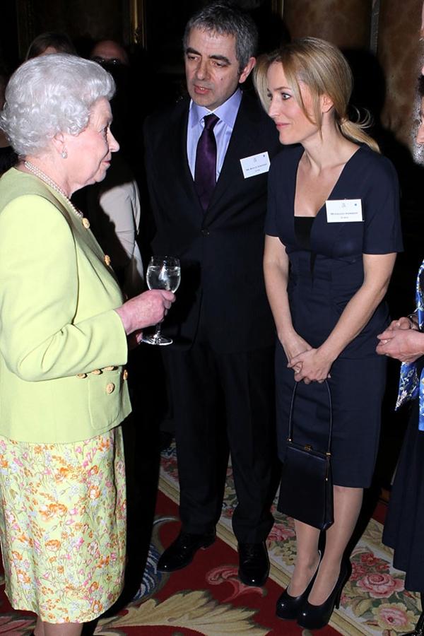 slika213 Kraljica Elizabeta upoznaje Hollywood