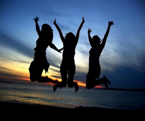slika236 Prijatelj: Osam slova koja sreću znače