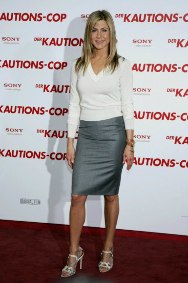 107 10 odevnih kombinacija: Jennifer Aniston