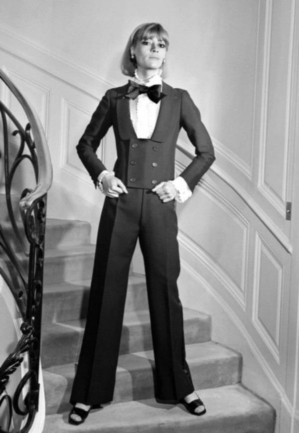 339 Srećan rođendan, Yves Saint Laurent!