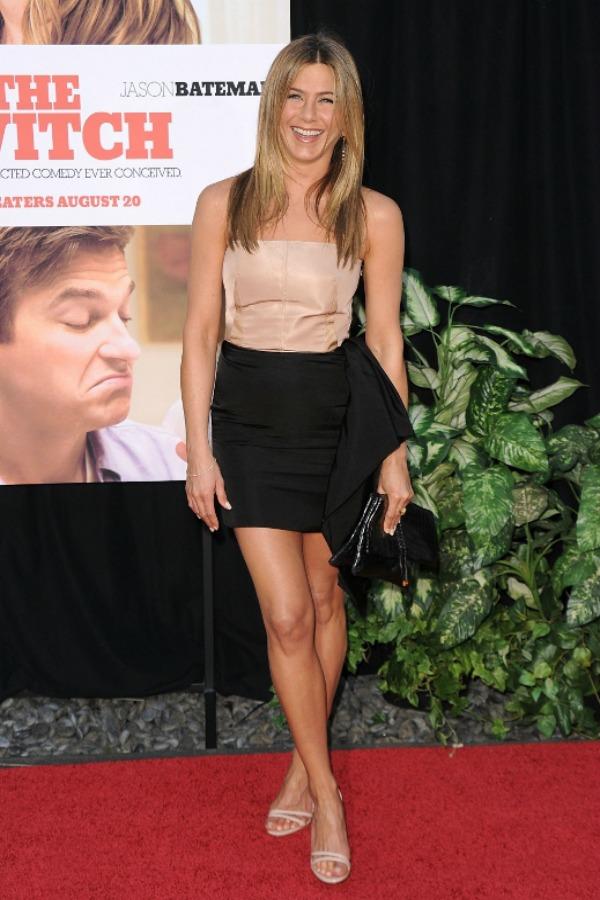 511 10 odevnih kombinacija: Jennifer Aniston