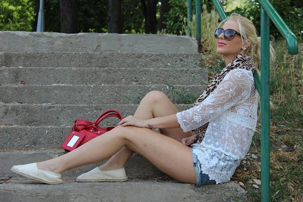 7466928818 6d82836d32 z Modni predlozi Zorane Jovanović: Neon i stil