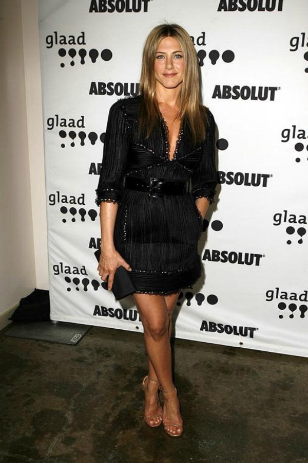 79 10 odevnih kombinacija: Jennifer Aniston