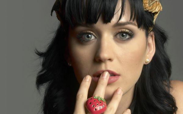 Katy Deset muzičkih numera koje će obeležiti leto