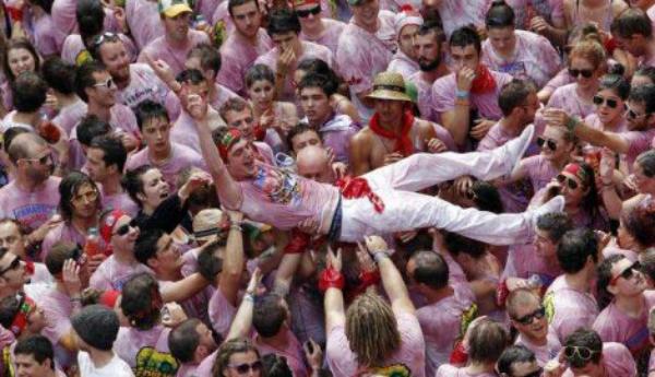Pamplona 3 Pamplona: Kolektivna žurka!