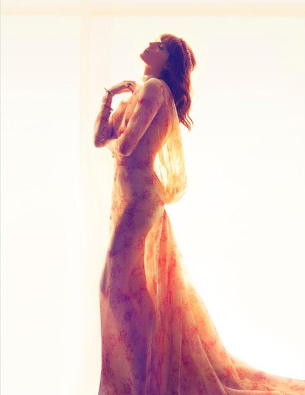 "Slika 51 ""Harper's Bazaar UK"": Tajanstveni plamen života"
