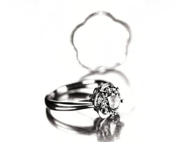 Slika 93 Chanel Fine Jewelry: Uhvaćeni zajedno