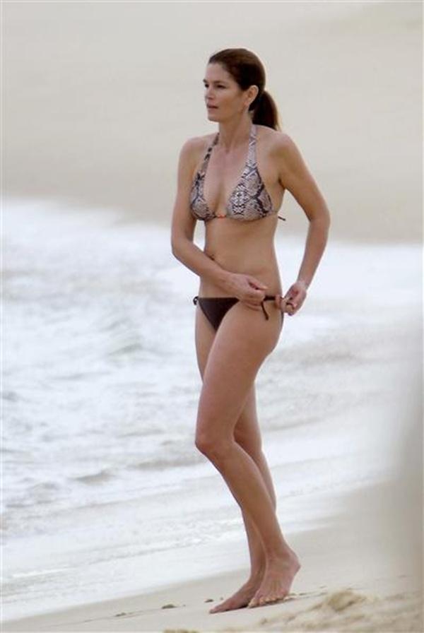 Slika38 Bikini 40+: Da ili ne?