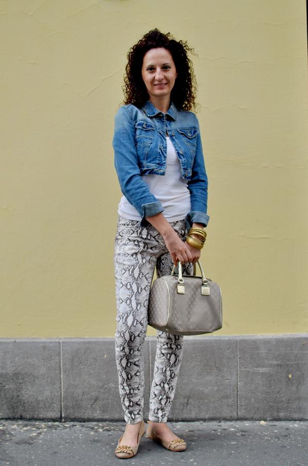 Slika39 Belgrade Style Catcher: Plavi jul