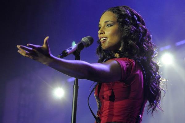 foto31 The Best of RnB: Alicia Keys Fallin