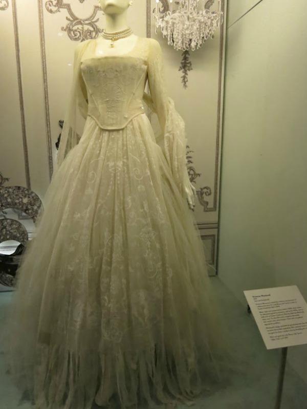 foto6 London: Izložba balskih haljina u muzeju Victoria i Albert