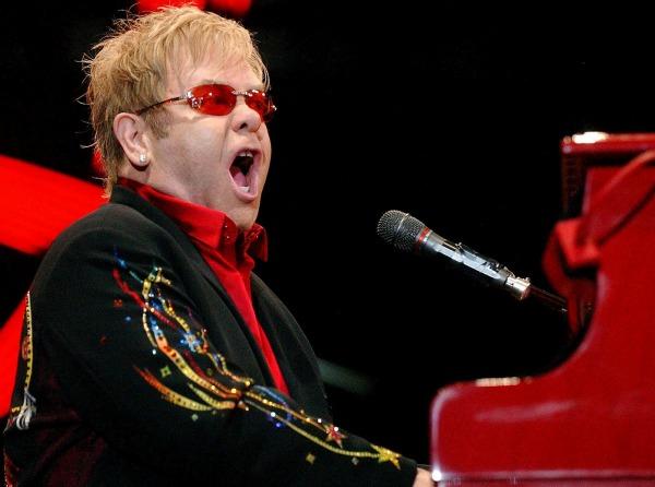 foto7 The Best of Pop: Elton John Can You Feel the Love Tonight