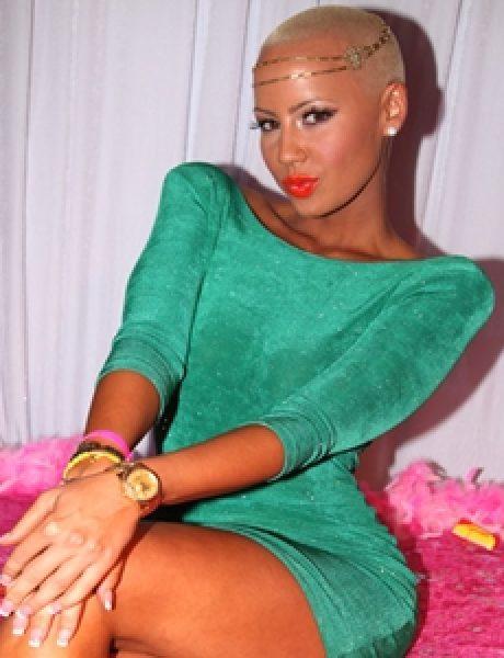 10 odevnih kombinacija: Amber Rose