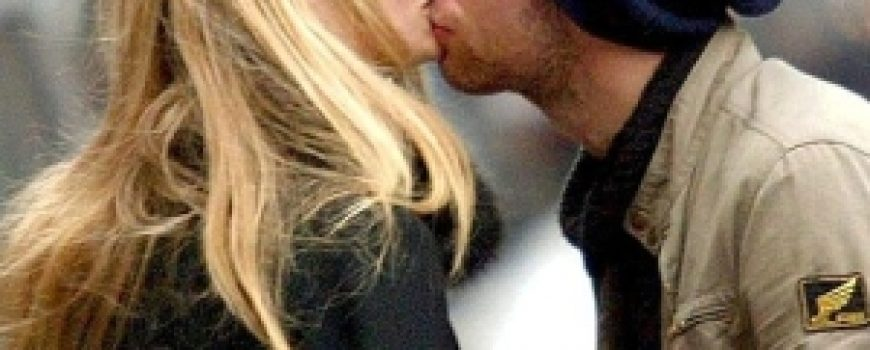 Trach Up: Gwyneth Paltrow poljubio muž