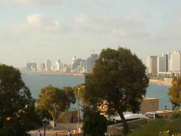 panorama grada Izrael: Neobičan spoj hedonizma i religije