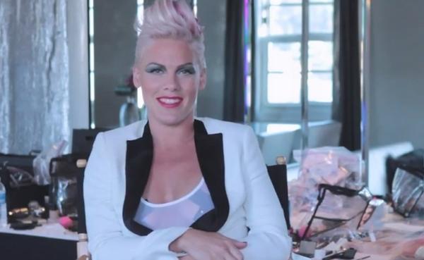 pink Pink se poplašila sopstvenog albuma