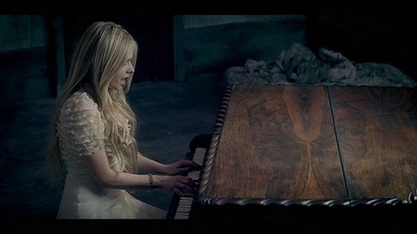 slika 157 The Best of Pop: Avril Lavigne When Youre Gone